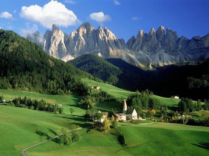 Доломитовые Альпы (северо-восточная Италия)
