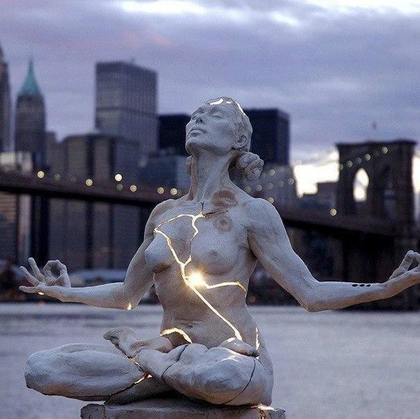 Памятник женской силе, Нью-Йорк, США