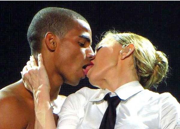 Брахим Замбат и Мадонна