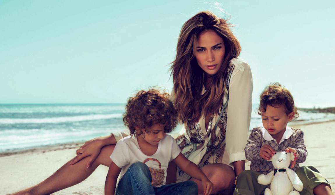 Дженнифер Лопес с детьми