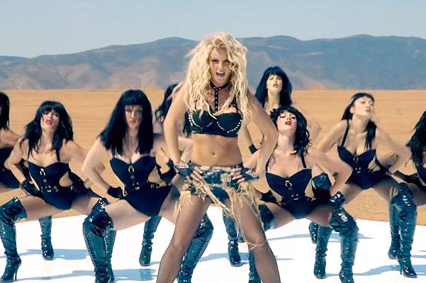 Бритни Спирс в клипе Work Bitch демонстрирует отличную форму