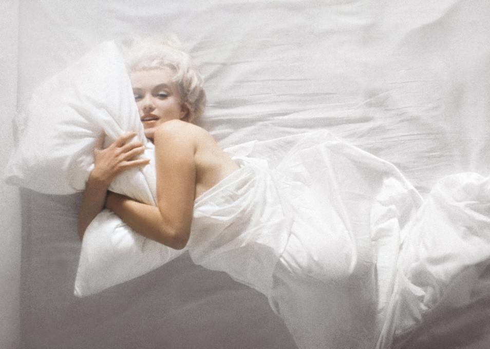 В постеле актриса обычно была одета лишь в свой любимый аромат