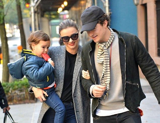 Миранда Керр и Орландо Блум с сыном
