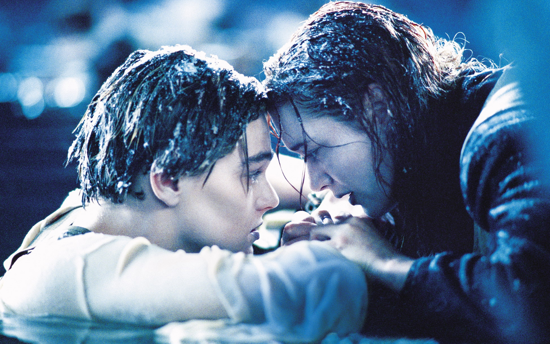 Знаменитая сцена из фильма «Титаник»