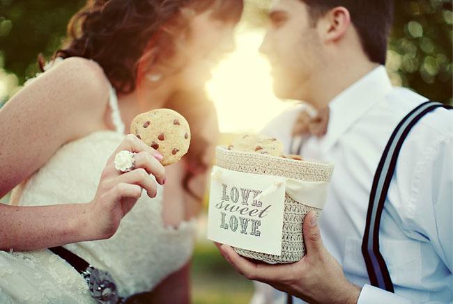 Смотрите на то — любите ли вы других, а не на то — любят ли вас другие.